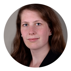 Portraitfoto Dr. Katharina Kronsfoth